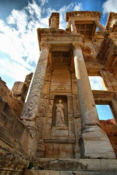 The Library of Celsus in Ephesus was built in 117 A.D as a tomb for Gaius Julius Celsus Polemaeanus.The Library of Celsus in Ephesus, Izmir Province, Turkey (by Ancient Ruins, In Ancient Times, Ancient Greek, Mayan Ruins, Ancient History, Art History, Places To Travel, Places To See, Travel Destinations