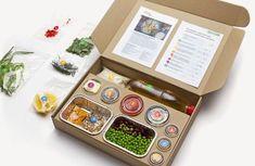 Elementaree set on Behance Salad Packaging, Takeaway Packaging, Food Packaging Design, Packaging Design Inspiration, Burger Packaging, Coffee Packaging, Bottle Packaging, Restaurant Healthy, Box Design