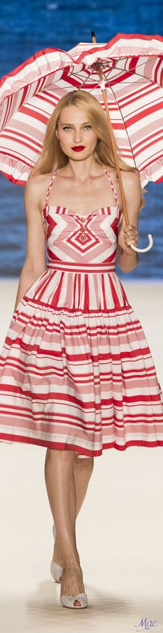 Spring 2017 Ready-to-Wear Lena Hoschek Fashion 2017, Runway Fashion, Fashion Show, Fashion Outfits, Fashion Design, Cool Outfits, Summer Outfits, Summer Dresses, Divas