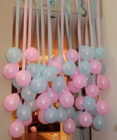 Fun Party/Baby Shower Idea - hang balloons to match party theme with coordinating crepe paper or ribbon streamers! Gender Reveal Party Ideas Fun decorating idea for a baby shower!- This would be cute for any party or shower. Just have to keep it high enou Shower Party, Baby Shower Parties, Baby Showers, Diy Shower, Baby Shower Games, Baby Boy Shower, Baby Shower Balloon Decorations, Baby Shower Ideas On A Budget, Gender Reveal Decorations Diy