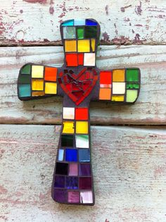 Mosaic MultiColored Cross with Heart in Center- small Mosaic Crafts, Mosaic Projects, Mosaic Art, Mosaic Glass, Stained Glass, Glass Art, Mosaic Ideas, Mosaic Crosses, Wall Crosses