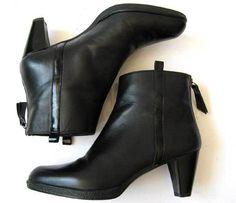 Now $89 on Ebay. STUART WEITZMAN BOOTS 6.5 BLACK LEATHER ANKLE BOOTS *LOVELY* Size 6.5 #StuartWeitzman #FashionAnkle