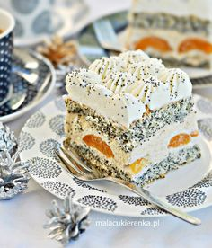 "Cake ""Poppy Lady"" with apricots and nuts - Little Confectionery Unique Desserts, Delicious Desserts, Yummy Food, Cookie Recipes, Dessert Recipes, Caking It Up, Vegan Christmas, Cake Bars, Polish Recipes"