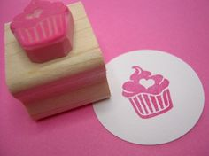Cupcake Stamp - Iced Cupcake with a Heart - Hand Carved Rubber Stamp. via Etsy. Cake Logo Design, Eraser Stamp, Cupcake Collection, Cupcake Shops, Stamp Carving, Handmade Stamps, Cupcakes, Love Stamps, Christmas Gift Guide