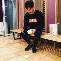 [Instagram] 160316 isayhousayya: 내 밥... || My rice...