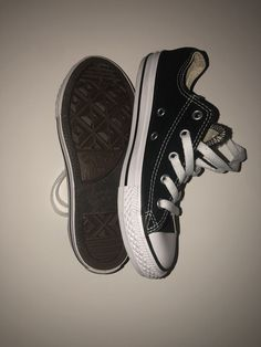 Converse Kids Shoes Size Condition is Pre-owned. ca6271b5c