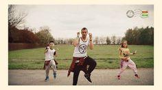 Conor Maynard - Zumba fitness com crianças dançando a coreografia.