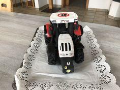 Traktor Torte Steyr, Baby Car Seats, Children, Young Children, Kids, Children's Comics, Sons, Child, Kids Part