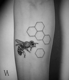Fine line style bee tattoo on the left forearm. Tattoo artist:...