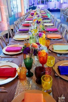 Colorful boho wedding table decoration with golden . - Colorful boho wedding table decor with golden – - Wedding Table Flowers, Wedding Table Decorations, Wedding Table Settings, Table Wedding, Wedding Centerpieces, Reception Table, Fall Decorations, Wedding Reception, Bright Wedding Colors