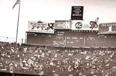 Tiger Stadium - Old photos gallery — Historic Detroit Detroit Lions Game, Detroit Tigers Baseball, Baseball Scoreboard, Baseball Park, Detroit History, Detroit News, Bank Of American, Old English D, Lion Games