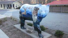 Cherokee, North Carolina Indian Pics, Indian Pictures, Cherokee North Carolina, Cherokee Indians, Summer Bucket Lists, Native American, Bears, Street Art, Road Trip
