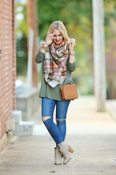Shirt: Marley Lilly (other colors here and here) / Jeans: TopShop / Scarf: Shop Fabulessly c/o (similar here) / Bag: Michael Kors via ShopBop / Bracelets: Alex & Ani, Overstock, Oasap / Booties: JustFab (similar here) Photography by: The Glitter Lens Happy Monday y'all! I promise I will slow it up on the piko tops one of these days… they're just perfect for layering with ...