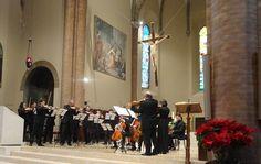 Successo della mostra Il Presepe Infinito terminata con lomaggio musicale di Cesena per Ilario Fioravanti