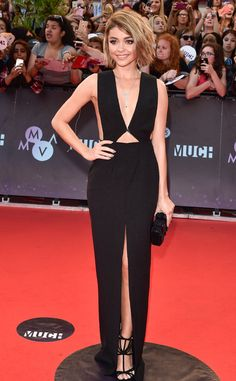 Sarah Hyland Sports Sexy, Plunging Black Gown to the 2015 MuchMusic Video Awards, Packs on PDA With Boyfriend Dominic Sherwood   E! Online Mobile