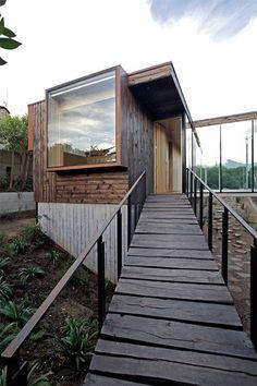 Los Molles House: a secret garden-house