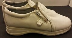 Womens Dr Scholls Size 5.5 gel pac insoles clogs leather white mules clog shoes