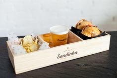 Rustic Sandwich Shop - Sandinha is a rustic sandwich shop that boasts an elegant brand identity. Conceived by 327 CREATIVE STUDIO's team, the eatery's brandin...