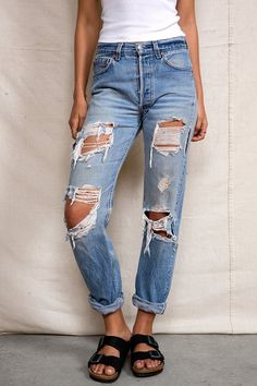 Urban Renewal Super-Destroyed Levi's Jean - Urban Outfitters