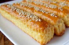 Slani štapići – Torte i kolacici Albanian Recipes, Bosnian Recipes, Croatian Recipes, Kitchen Recipes, Wine Recipes, Dessert Recipes, Cooking Recipes, Salty Foods, Salty Snacks