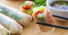 Lunches you can prepare in advance Asian Recipes, Ethnic Recipes, Sushi Rolls, Fish And Seafood, Fresh Rolls, Clean Eating, Good Food, Food And Drink, Cooking Recipes