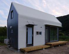 Farmhouse C-type/ 팜하우스(C-type) - 디앤에이파트너스 : 네이버 블로그 Container House Design, Tiny House Design, Micro House, My House, Modern Barn, Prefab, Home Projects, Bungalow, Cottage