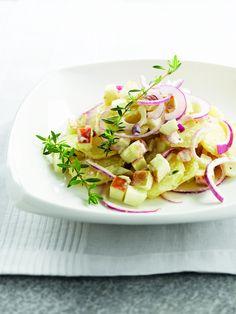 Een overheerlijke aardappelsalade met tijm en appel, die maak je met dit recept. Smakelijk!