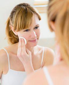 Cuide da sua pele antes de dormir em sete passos