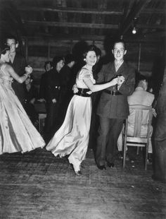 Americans dancing at Camp McKay | NZHistory, New Zealand history online