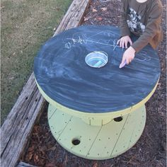 Chalkboard table...I so want to make this for the kids