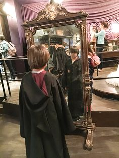 23 Tips for Visiting The Wizarding World of Harry Potter at Universal Orlando Universal Orlando Florida, Orlando Travel, Orlando Vacation, Universal Parks, Florida Vacation, Florida Travel, Harry Potter World Universal, Cumpleaños Harry Potter, Travel
