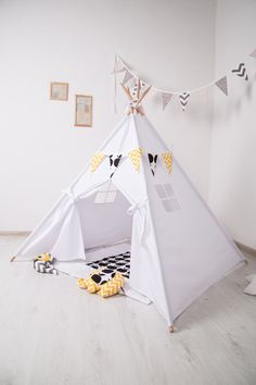FREE SHIPPING! Children's Teepee Playtent by Teepeetoshka on Etsy