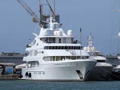 "The 77-meter luxury yacht ""Samar"""