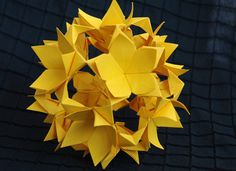 Floral kusudama. Origami