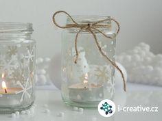 Návod jak vyrobit zářivou vánoční dekoraci - lucerničky ze sklenic od zavařenin. A je to opět tady. Do Štědrého dne schází už jen pár dní a naše domovy zdobíme slavnostními dekoracemi, abychom si atmosféru Vánoc…