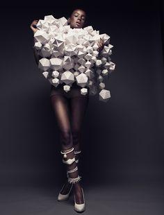 用紙摺出來的藝術品 紙做時裝 by BEA SZENFELD | Polysh