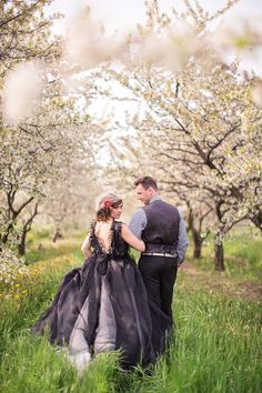 Gown | Watters and Watters Bria Gown with a custom black overlay - Orchard Inspiration Shoot by M Three Studio - via magnoliarouge