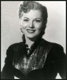 Lorna GRAY