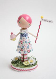 lollipop workshop...  this sweet little birthday girl is sure to bring big smiles & lots of cheer