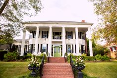 Victoria Belle Mansion, Hogansville, GA.  The most beautiful, southern wedding venue!!