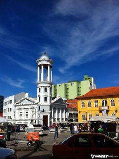 Domingo é dia de Walentina e de Feirinha do Largo da Ordem em Curitiba
