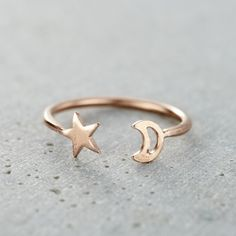 The beautiful Moon And Star Open Ring is handcrafted in our Brighton workshop. Shop Moon And Star Open Ring at Posh Totty Designs. Vintage Engagement Rings, Vintage Rings, Ring Engagement, Cute Jewelry, Jewelry Rings, Yoga Jewelry, Jewelry For Her, Jewelry Ideas, Silver Earrings