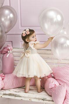 Design By Nikos Βαπτιστικά www.gamosorganosi.gr Girls Dresses, Flower Girl Dresses, Fashion Kids, Wedding Dresses, Design, Dresses Of Girls, Bride Dresses, Bridal Gowns