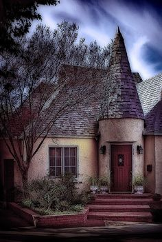 "Redlands cottage ~ LOVE these houses! When I was little, I called them the ""castles""."