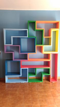 Wooden Tetris Bookcase handmade by Favolegnameria