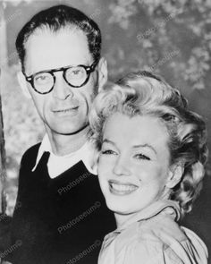 Marilyn Monroe & Arthur Miller 8x10 Reprint Of Old Photo