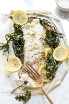 Could You Eat Pizza With Sort Two Diabetic Issues? How To Cook Fish En Papillote With Fresh Herbs And Lemon Healthy Pastas, Healthy Chicken Recipes, Fish Recipes, Seafood Recipes, Beef Recipes, Seafood Dishes, Recipies, How To Cook Fish, Vegetable Nutrition