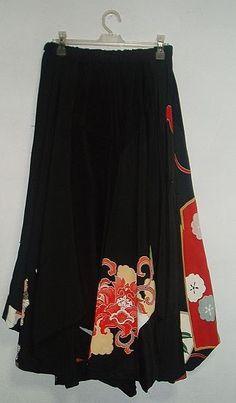 アンテックの着物から作ってます。いろいろなアンテックの留袖を剥いだ裾変形スカートです。動きのある面白いスカート裾はぎざぎざに変形してます。いろいろな柄のバリエ...|ハンドメイド、手作り、手仕事品の通販・販売・購入ならCreema。