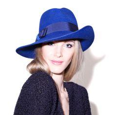 Mademoiselle-Slassi-Chapeau-Hat_MG_9817-carre-1