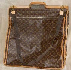 7e7e9d00aa6 Authentic Louis Vuitton Vintage Monogram Garment Bag With Strap 36 items on  MALLERIES